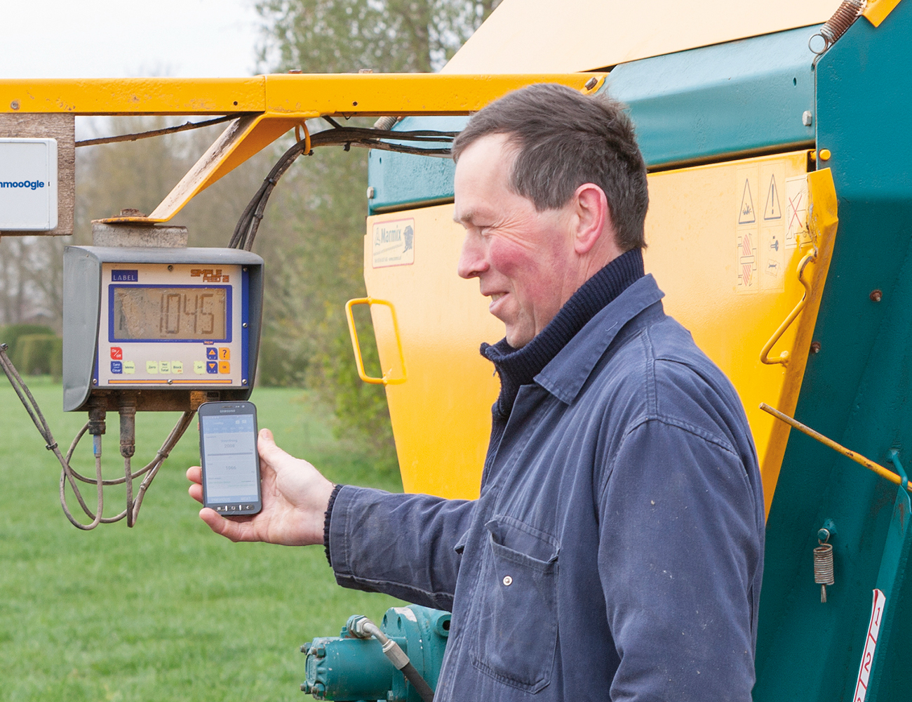 feeding dairy cows total mixed ration using mobile app